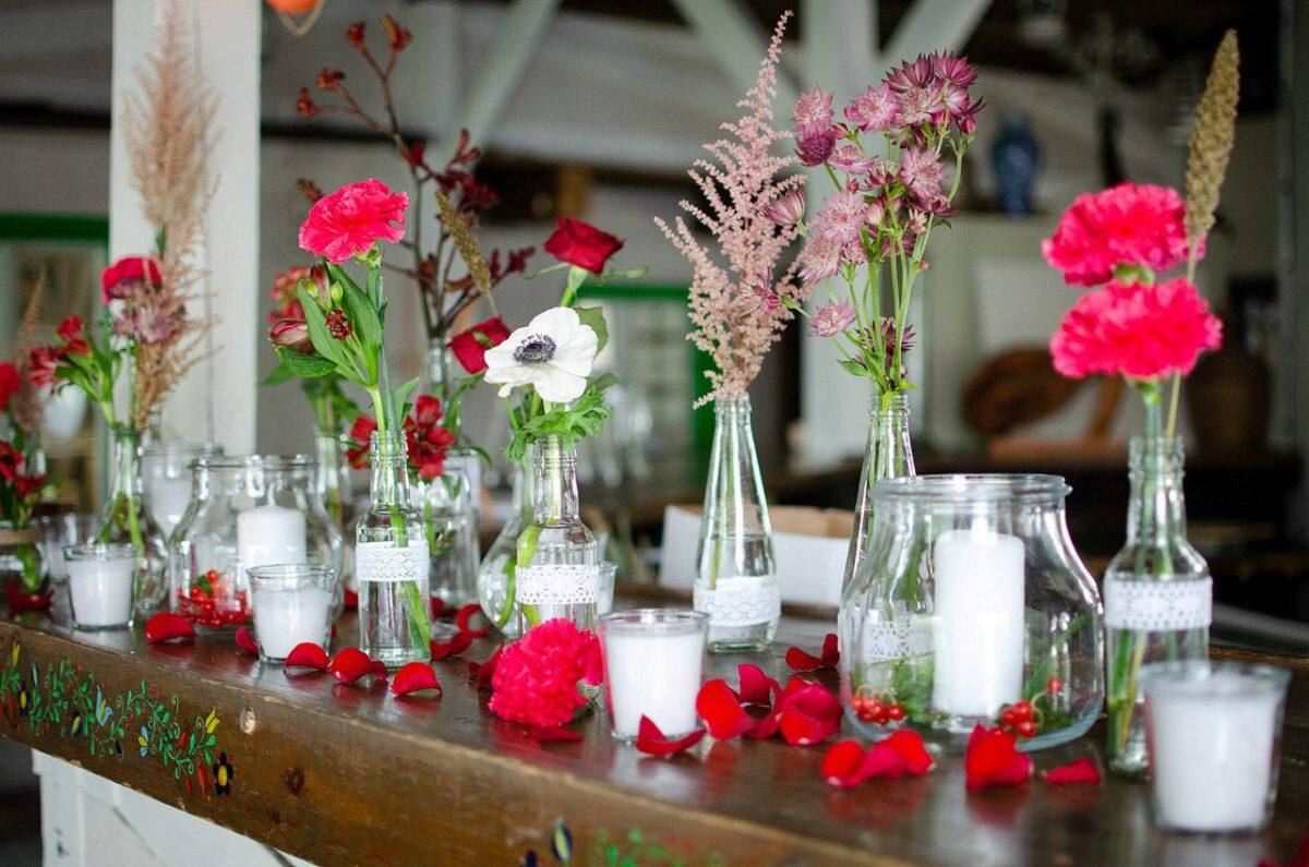 kolorowe kwiaty na wesele