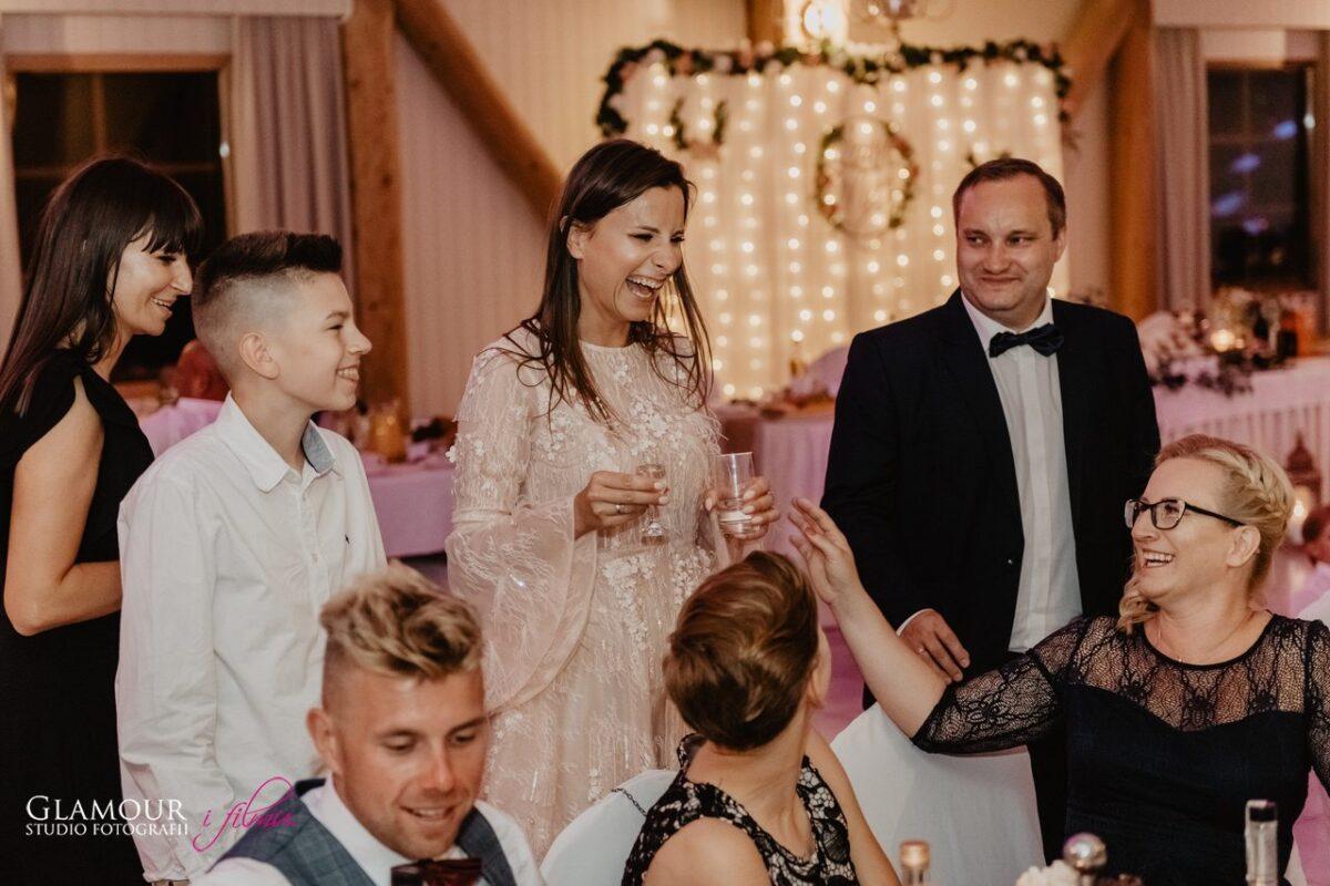wesele w bursztynowym dworze